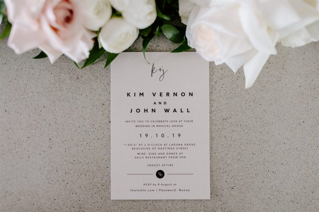 minimalist invitations, Wedding invitation aesthetics tips