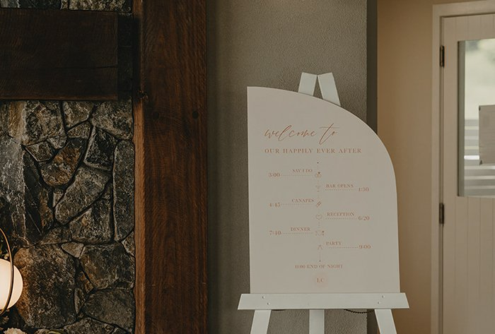 arch wedding timeline