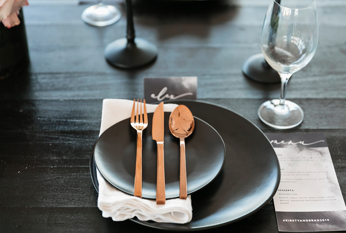 black_menus_place_cards